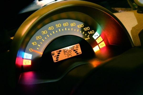 Las ventajas del coche conectado y los beneficios de la conectividad y el internet de las cosas